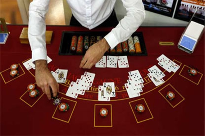Exactly How To Play 2 Card Casino Poker - Online Pc Gaming