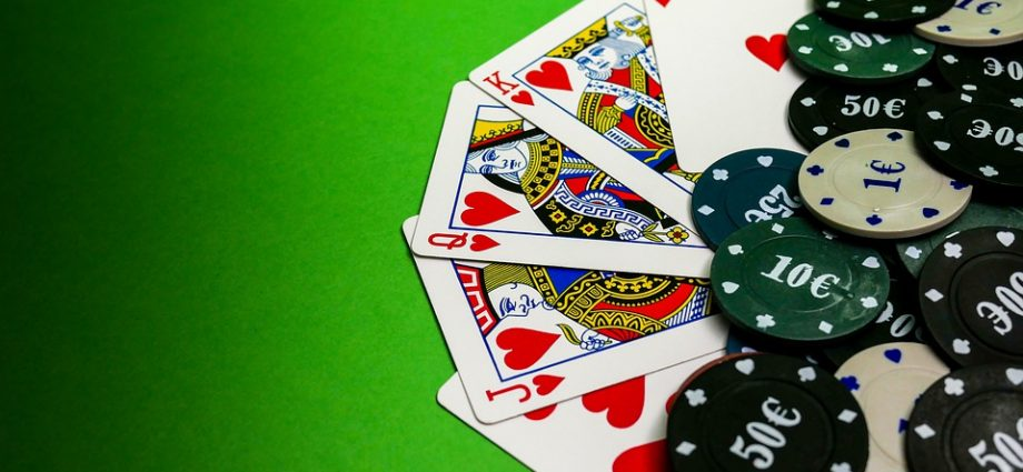 Is It Doable To Research On-line Poker Tells?
