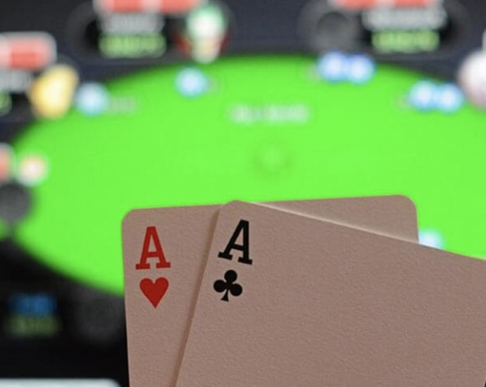 What The In-Crowd Won't Tell You About Online Casino
